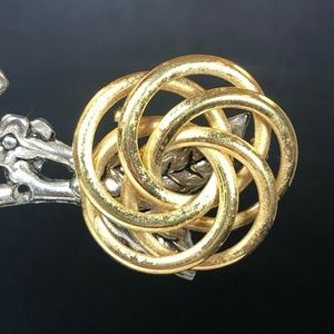 Napier Goldtone Circle Overlapping Brooch